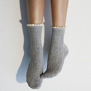 PEONY & MOSS Heather Gray Pointelle Crew Socks
